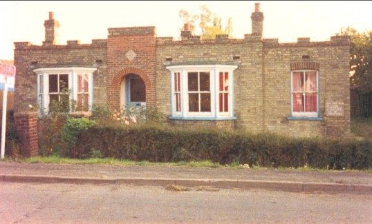 The Old Post Office at No. 6 Pymoor Lane Pymoor, circa 1987.