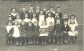 Class at Pymoor School in 1911