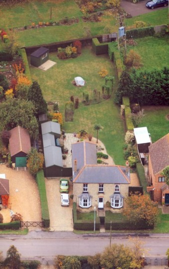 4, Pymoor Lane, Pymoor, seen from the air, 2011.