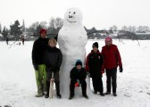 Pymoor received a significant fall of snow during the night of the 4th/5th February 2012. Villagers took the opportunity to build many snowmen.