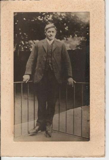 Charles Martin of Pymoor. Born in Coveney in 1885.Married Ethel Dilley from Isleham in 1907.
