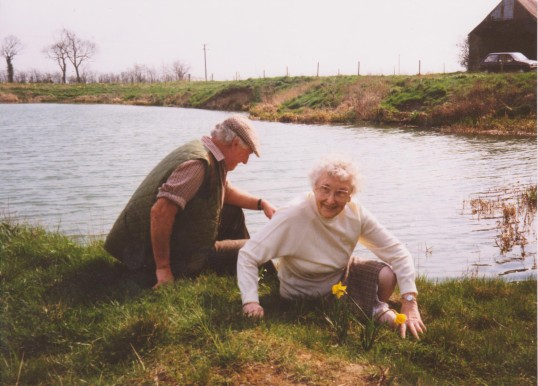 Les Barker and Joan Saberton at the Oxlode Fishing Lakes, Oxlode, 1995