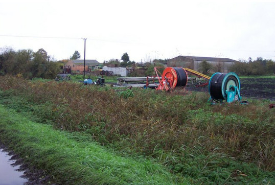 Irrigation equipment at Bays Farm, Oxlode, near Pymoor, 2006.