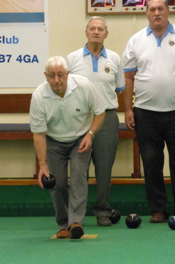 Alan Butcher of Pymoor, playing bowls at the City of Ely Bowls Club, 2017