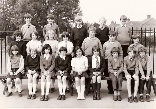 A School Photo - A year 5 class at Ramsey Junior School