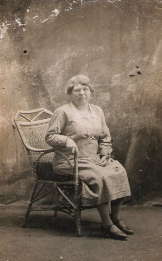 Emily Holmes born 1879 from Holme.  Married William Price of Ramsey