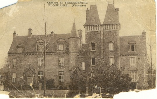 Chateau de Trebodennic Ploudaniel (Finistere)France. Host to part of the group from Huntingdon Federation of Young Farmers