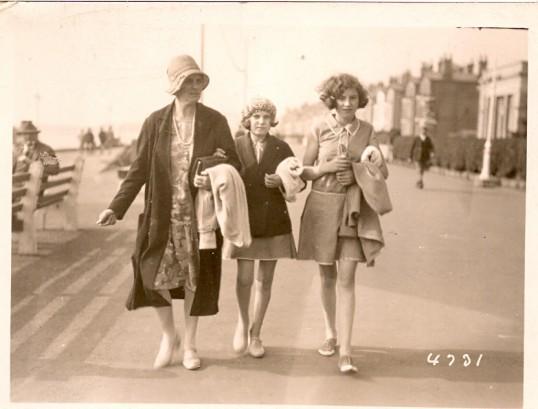 Mary Elizabeth, Nellie & Kitty Freeman of Great Whyte, Ramsey