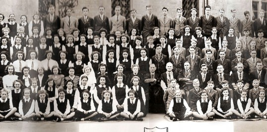 Ramsey Abbey Grammer School photograph, centre section.