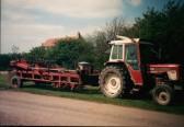 International Hydro Tractor,& Declodder,at Mereside Farm