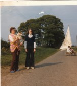Mollie Howard. Susan, Howard. &, Nigel,Howardon home made Yacht. at Mereside Farm, Ramsey Mereside.