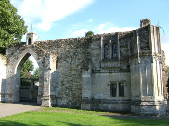 Ramsey Abbey Gatehouse, Ramsey