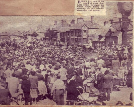 Crowd at the Ramsey Carnival in June 1950.
