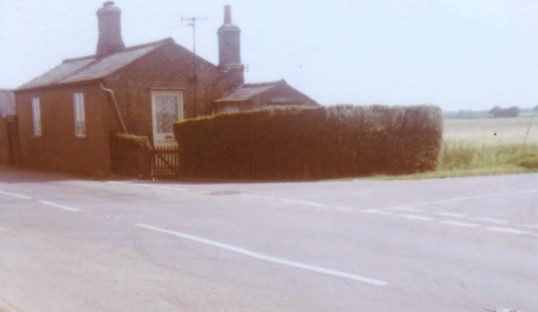 The Former Bungalow at Wistow Toll, on the juction