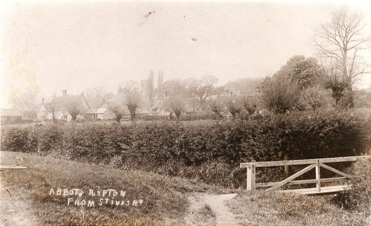 Abbotts Ripton village from the St Ives Road