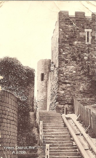 Great War. A postcard of Ypes Castle