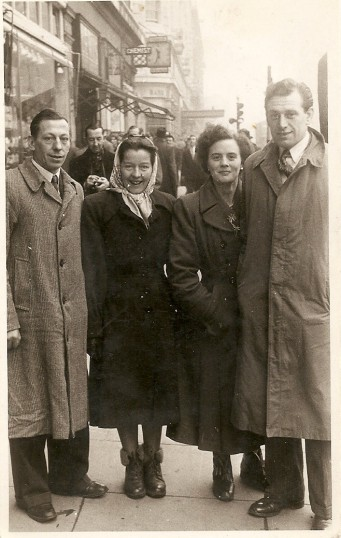 Ernie & Julie Francis with Elsie & Jack Papworth on a visit to London