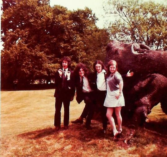 Ramsey Abbey School Sixth Form Grasp Review 1974. Oppertunity Knocks