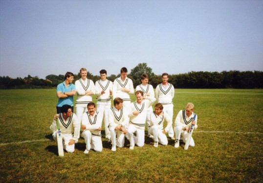 Robert Sayle Cricket team 1991