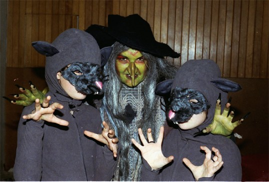 Stilton Players Sawtry. The witch with her rat companions. Get that make-up.