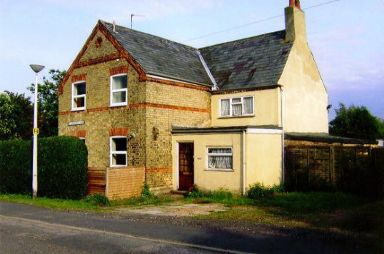 This house in St Judith's Lane, Sawtry was once the Durham Ox public house, often known as The Bull, until around 1960