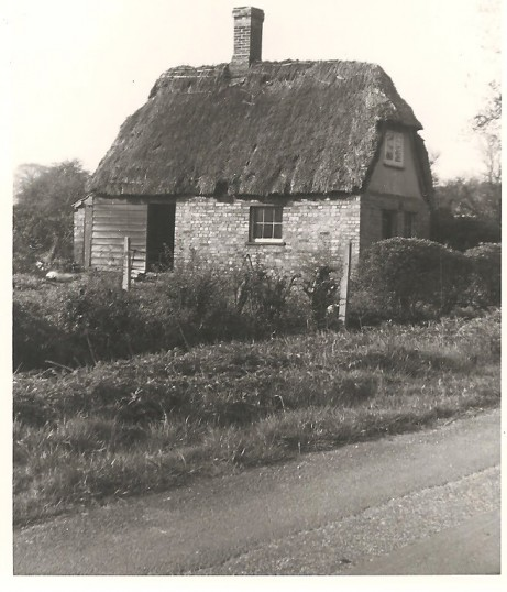 Condemed Cottage in St Judiths Lane Sawtry.