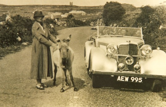 Sawtry's Doctor Garood's Car, whilst on holiday. his wife and daughter are in the front seats. Where were they?