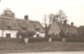 Cottages in High Haden Road Glatton. One on the left belonged to Thomas & Martha Savage 1st Savage in Glatton.