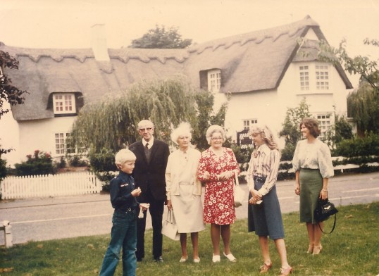 Small gathering outside the Chequers Cottage Sawtry. (Can anyone name them?)