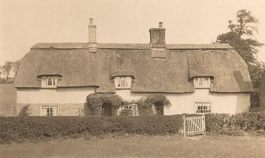 Sunnymead, Glatton Village.
