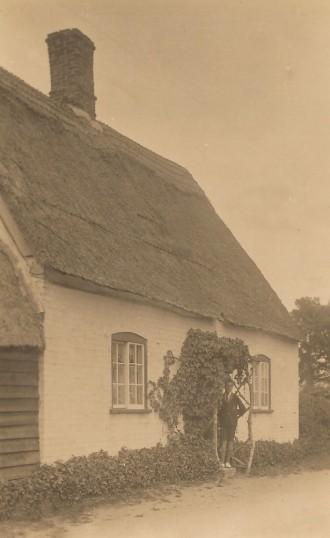 Whiterose Cottage, Glatton Village.