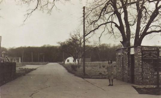 Holmewood, Holme Village.