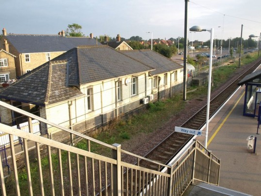 St Neots railway station - train side, from the bridge, in September 2008.
