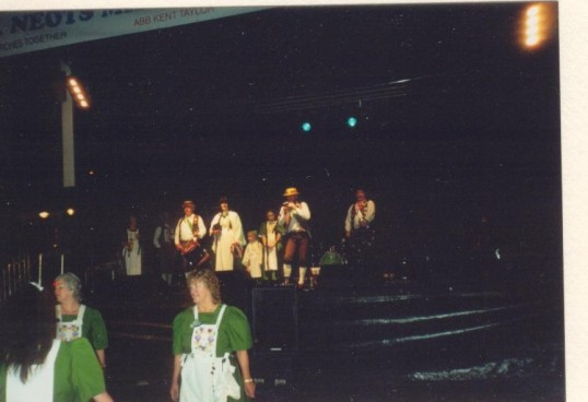 Heartsease dancing at the Millennium Celebrations on the Market Square, St Neots with the band on the stage. 31 December 1999.