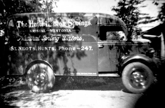 Haile Weston Springs van in the 1950s, Eaton Ford