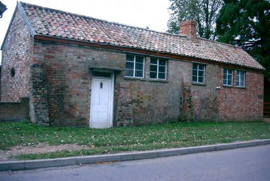 Three old cottages near the windmill, Duloe Rd, Eaton Ford,in 2005