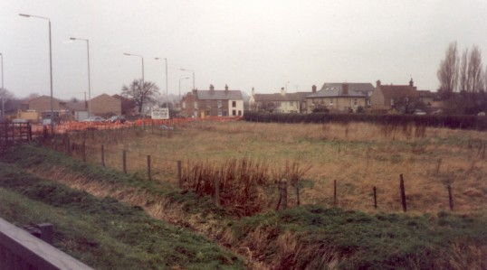 Site of Cavendish Court built in 1999, Cross Hall Rd, Eaton Ford with the Barley Mow in the background