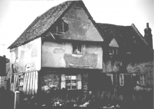 Tudor house on Great North Rd, Eaton Socon - framework taken down to be rebuilt elsewhere (now site of 115 and 117 Great North Rd)