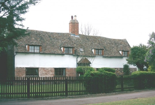 Ford Farm, 2 Eaton Ford Green, Eaton Ford in 2004, once a farmhouse and now a private dwelling