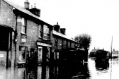 Abbots Stores in the 1947 floods, now 154 St Neots Rd, Eaton Ford