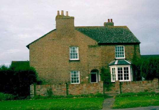 Hill Farm, 287 Great North Rd, Eaton Ford in 2001 - now a private dwelling