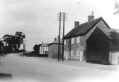 Junction of Great North Rd with St Neots Rd, Eaton Ford around 1910 with The Beeches in the background
