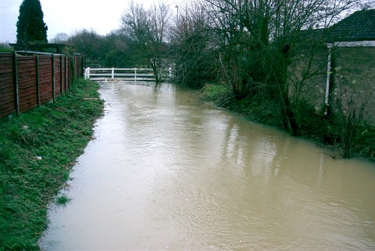 Duloe Brook flooding in Eaton Ford in January 2003