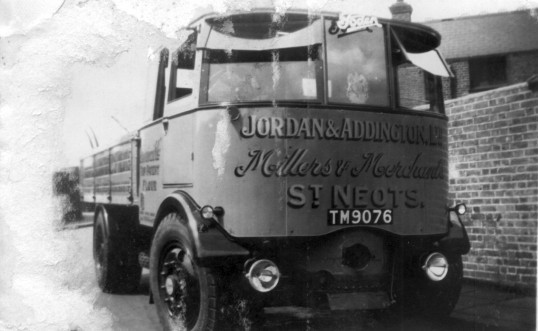 Jordan and Addington lorry from Eaton Socon Rivermill, School Lane, Eaton Socon, around 1945
