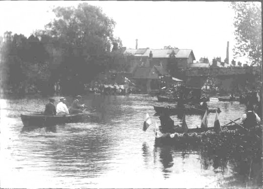 St. Neots. Celebrating Opening of the Spa 1895. Hotel & Public Rooms in the background
