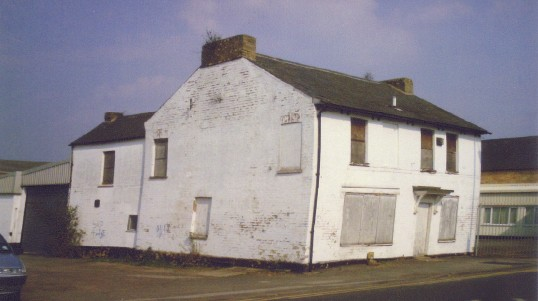 The Peacock Public House in Cambridge Street in March 2007, now delicensed and empty