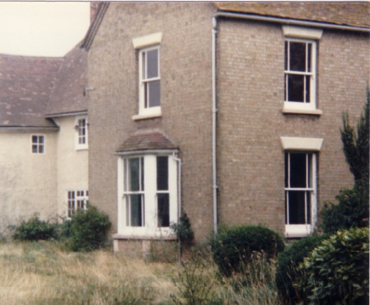 Eynesbury Hardwick Farmhouse in 1985, before alterations