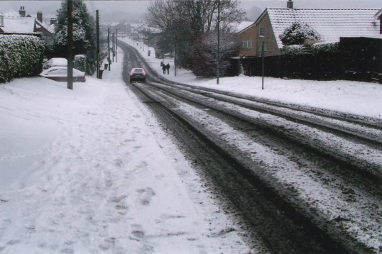 Snow on Mill Hill Road in Eaton Ford, looking towards St Neots in 2007