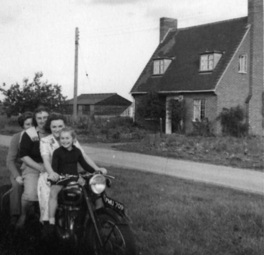 Family outside 1 Rookery Road, Wyboston in 1951