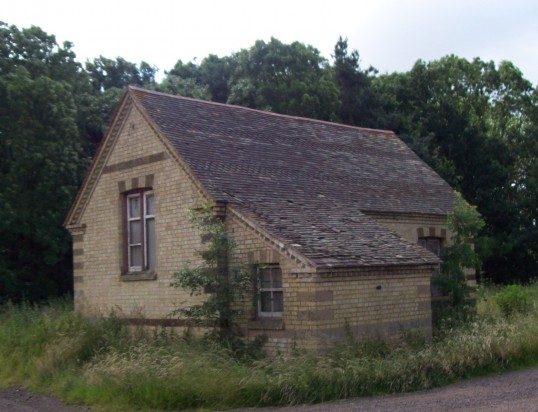 Former school at Little Barford in June 2008
